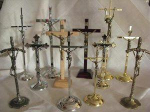 Krzyże stojące