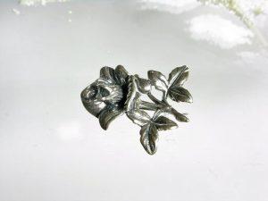 Przypinka srebrna